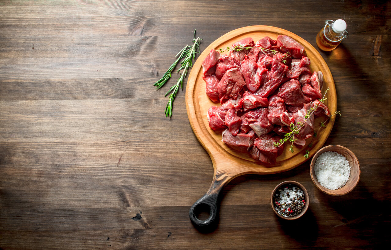 raw beef with thyme,rosemary and butter